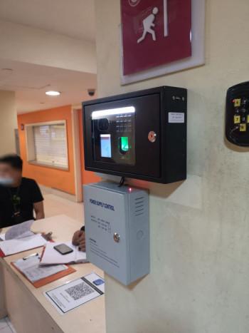 xface100 is a facial recognition terminal
